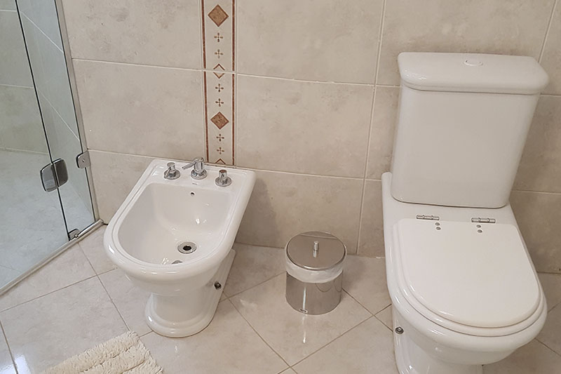 pousada em campos do jordão_0002_banheiro suíte Onix1